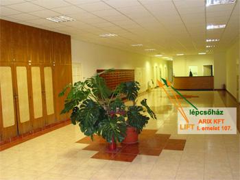 irodaház épülete